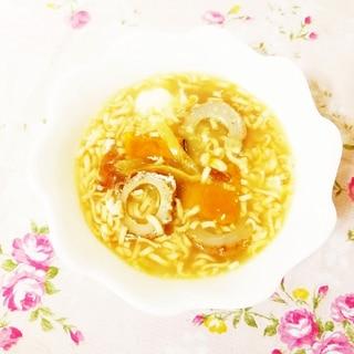 おやつラーメン入り♪かぼちゃと玉葱のかきたまスープ