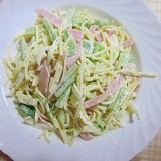 ブロッコリー芯のスパサラダ