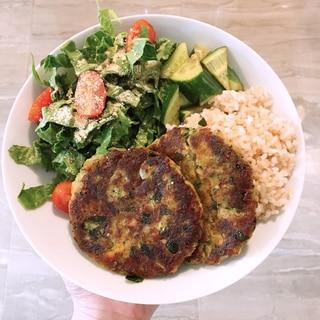 ヴィーガン 野菜とひよこ豆のハンバーグ