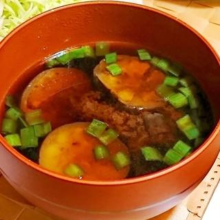 茄子とニラのお味噌汁