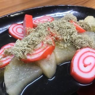 日本酒すすむ、大根と赤巻きの富山おでん