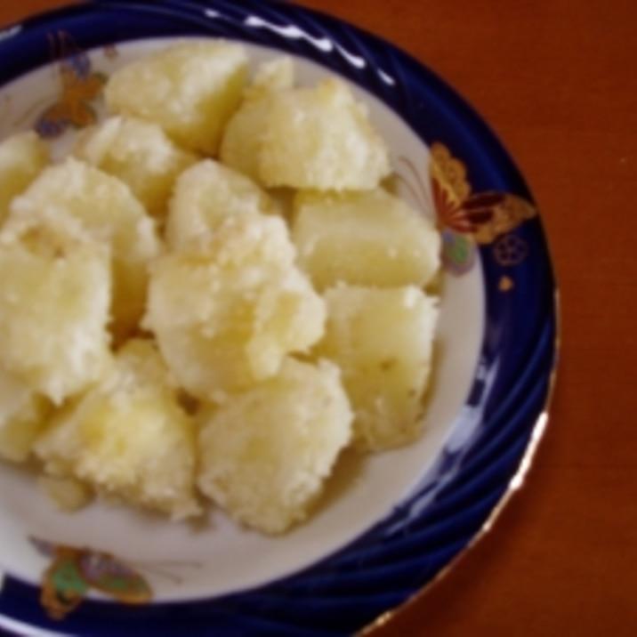粉チーズでおいしい♪チーズ粉ふき芋