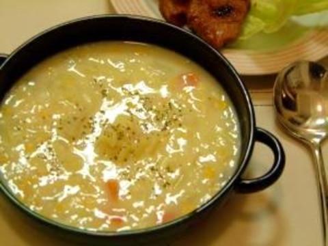 我が家のキャベツが甘~いコーンクリームスープ