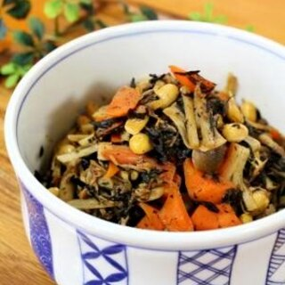和食の定番♪大豆とひじきの炊き合わせ