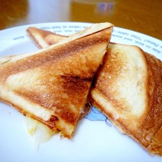 幼児の朝ご飯に☆ホットサンド