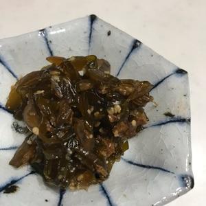 ご飯がすすむ!茎わかめの佃煮