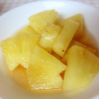 パイナップルのレモンシロップ煮