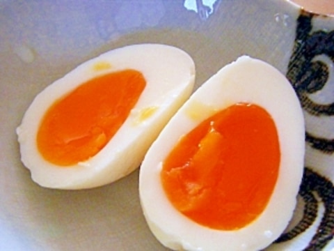 塩麹ゆで卵