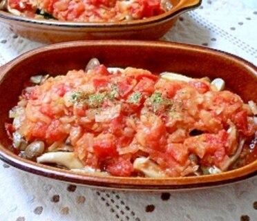 鮭とズッキーニのトマトソース