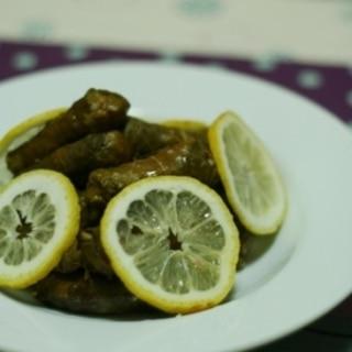 トルコ家庭料理★ブルグル入り、葡萄の葉ロール