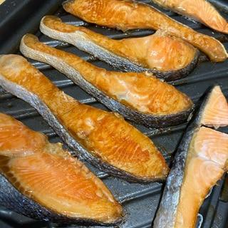 こんがり美味しい鮭の塩バター焼き