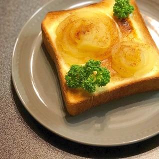 りんごのコンポートでチーズ薔薇トースト