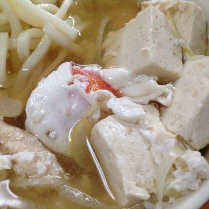 卵も豆腐も入って、食べ応えありました。温まりました。ご馳走様でした(^ ^)