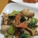 豚薄切り肉と青梗菜のオイマヨ炒め