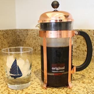 フレンチプレスで水出しアイスコーヒー
