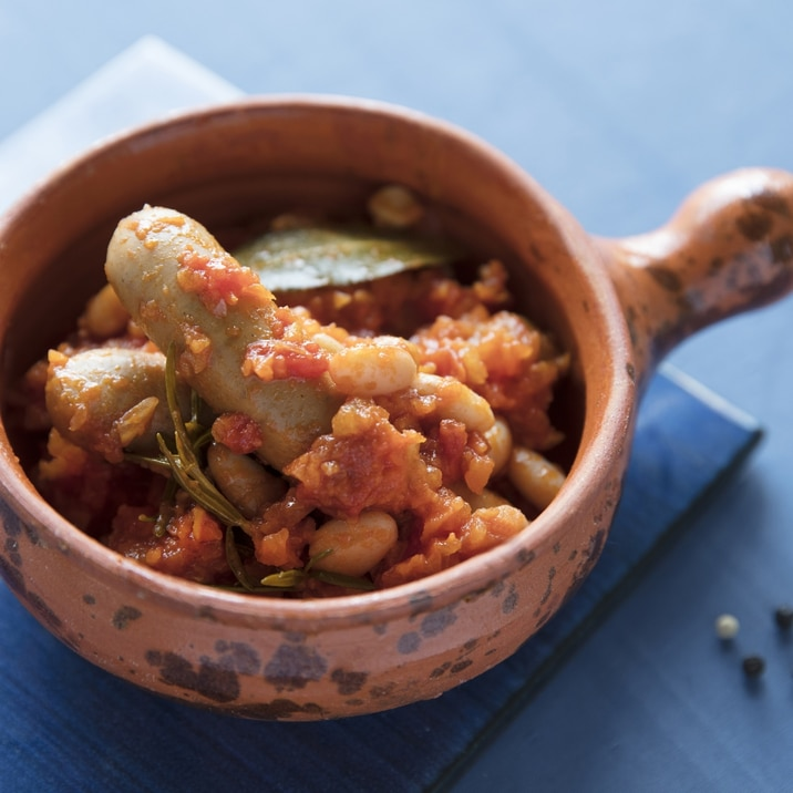 ソーセージとインゲン豆のトマトソース煮