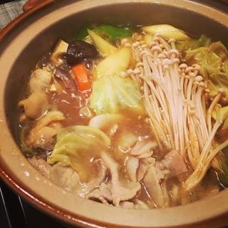 箸がとまらない!!!手作り和風カレー鍋!