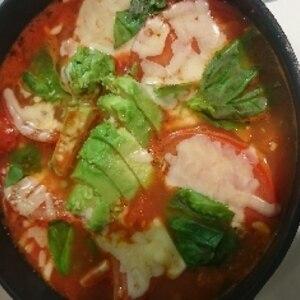 簡単トマト鍋!シメのパスタがうまい!!