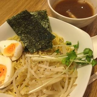 モヤシ入りつけ麺