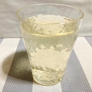 クエン酸たっぷり♪ りんご酢とレモン果汁の炭酸水