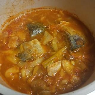 一人鍋★サバ缶詰キャベツのカレー味トマト煮