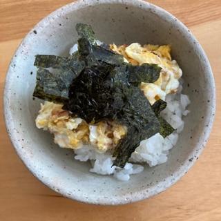 鰹節梅干し卵炒め丼