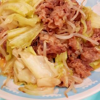 焼肉のタレで!牛肉+キャベツ+もやしの炒め物♪