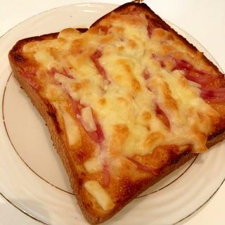 ハムと明太マヨのチーズトースト