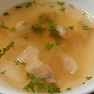 豚バラと玉ねぎのあっさりコンソメスープ