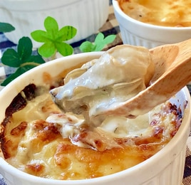 牡蠣とほたてのクリームグラタン