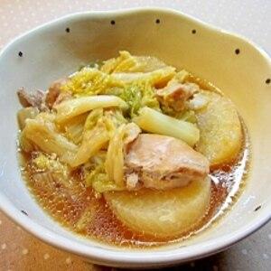 ストウブ鍋で☆白菜・大根・鶏もも肉の蒸し煮