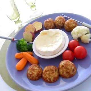 たこ焼と温野菜のチーズフォンデュ