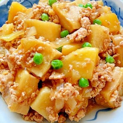 じゃがいもと高野豆腐の鶏そぼろ煮