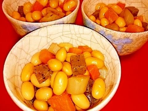 圧力鍋 加圧2分♪やさしい味の五目豆~お弁当にも~