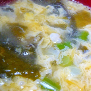 ♥ にんにくの芽&ワカメの卵とじスープ ♥