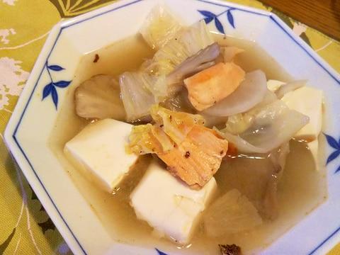 焼き鮭・大根・白菜・舞茸・豆腐鍋