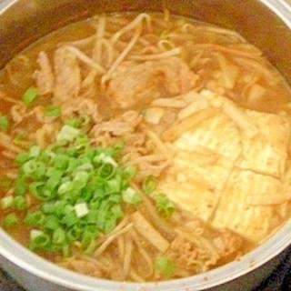生姜湯でなんちゃって豚キムチ鍋