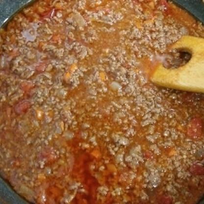 挽き肉を少し多目に入れて作りました。ウスターソースが効いてすごく美味しかったです!半分は冷凍保存してまた次回いただきます(^o^)/楽しみです♪