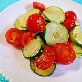 ズッキーニ&ミニトマトの炒め物