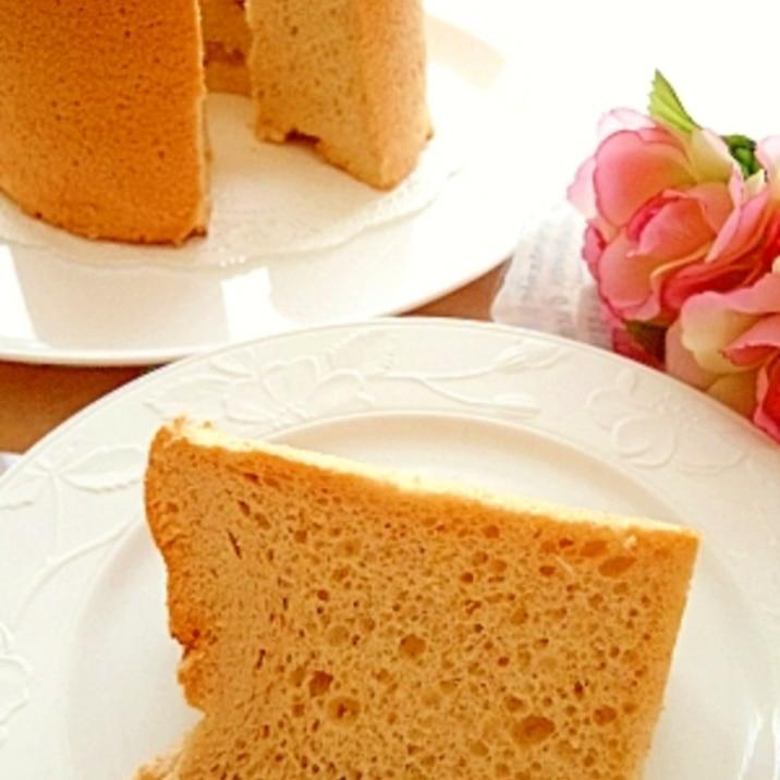 バラ風味のシフォンケーキ