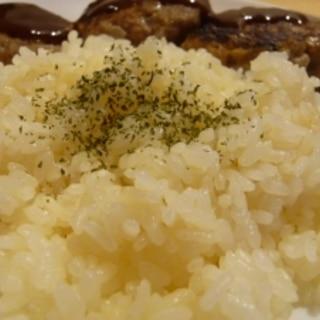 炊飯器で本格的な☆ガーリックバターライス☆