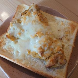 玉子焼きチーズトースト