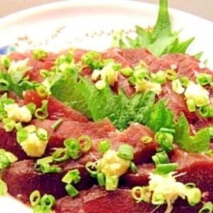 クジラの刺身✿にんにく生姜醤油で。