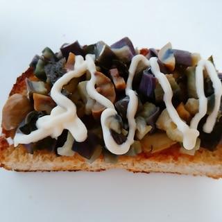 茄子と天津甘栗と味付け海苔のマヨトースト
