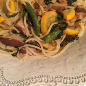 空芯菜とベーコンのパスタ