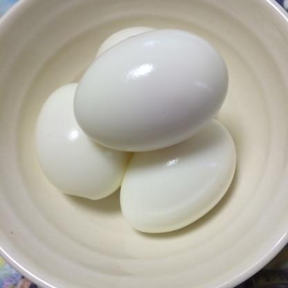 卵4つで作ってみました☆ どれもツルンと剥けて気持ちが良かったです!