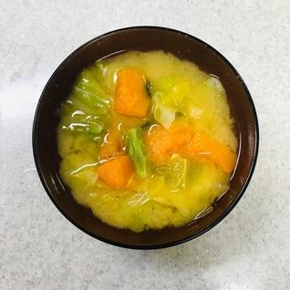 春キャベツとかぼちゃの味噌汁