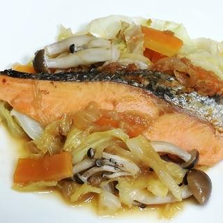 フライパンで簡単美味しい♪鮭のちゃんちゃん焼き