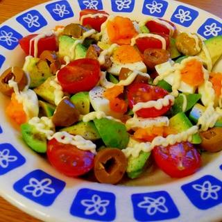 家にある野菜でコブサラダ