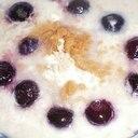 オートミールのデザートでブルベリー黄な粉
